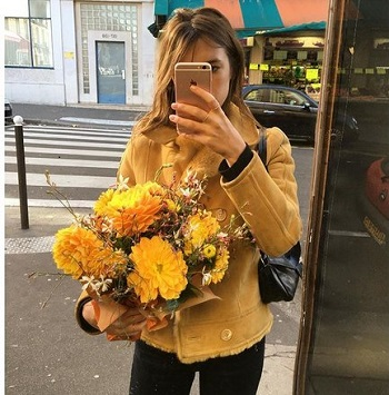 French Girls Do Everything Better, Even Instagram (And It's Because They Don't Care)
